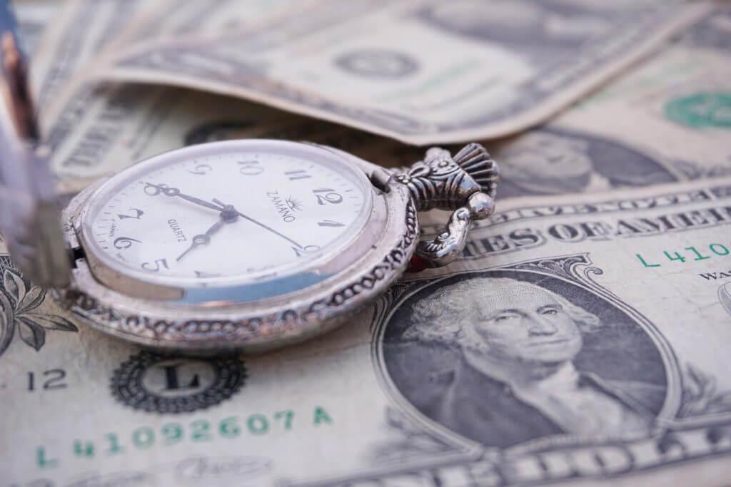 時間とお金を引き換える